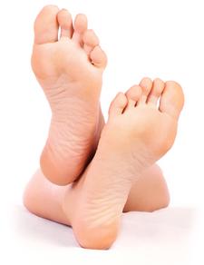 Gepflegte Füße mit der Zedernsohle